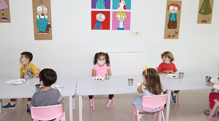 Erken yaş için ne yeterli okul, ne de bakım hizmeti var