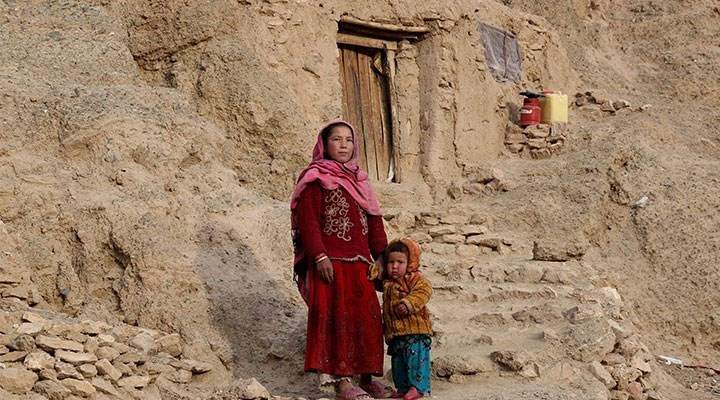 AB'nin Afganistan Büyükelçisi: Taliban'la ilişki kadın haklarına saygı şartına bağlı