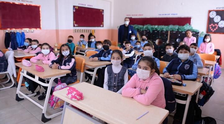 """MMO İzmir: """"Okullarda taze hava şart"""""""
