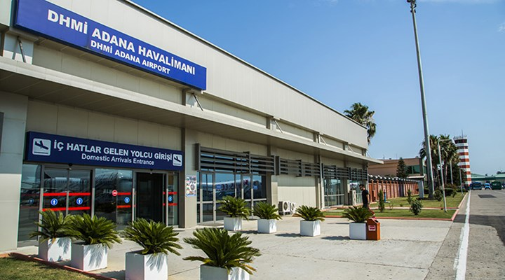 Adana Havalimanı'nda klima patladı: 2 işçi ağır yaralandı