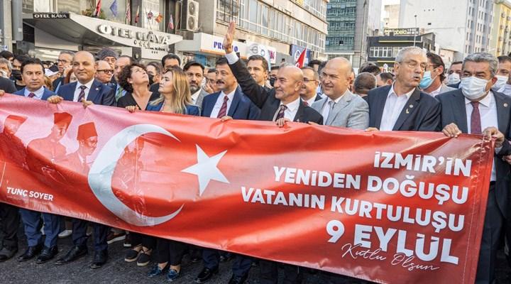 İzmir'de 9 Eylül kutlamaları Zafer Yürüyüşü ile başladı