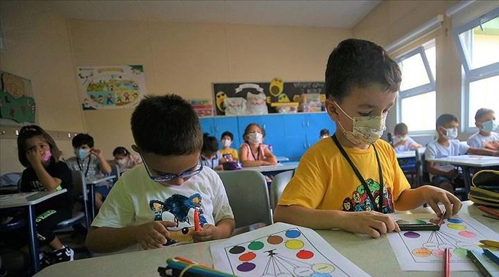 Okullar açılırken salgın ve Türkiye'de eğitim