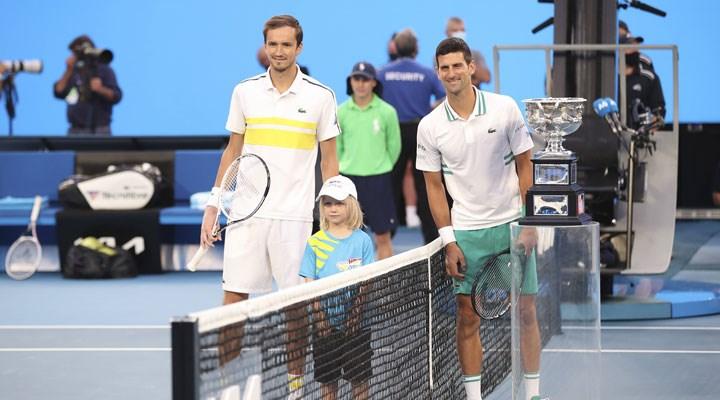 ABD Açık tek erkekler finalinin ismi belli oldu: Djokovic-Medvedev