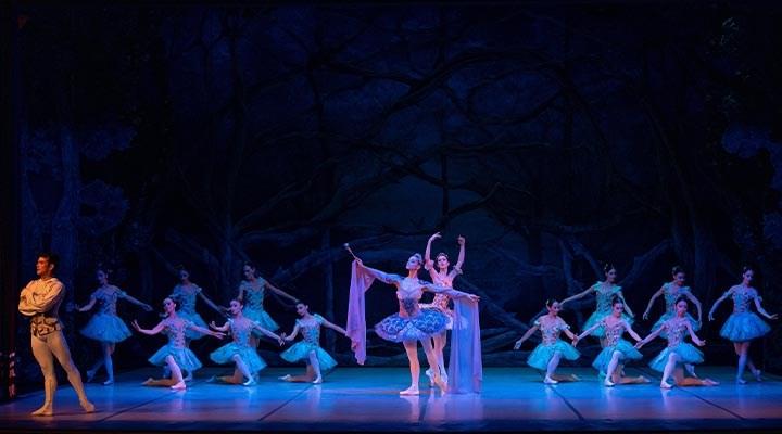 İDOB, bale sezonunu 'Uyuyan Güzel' ile açtı