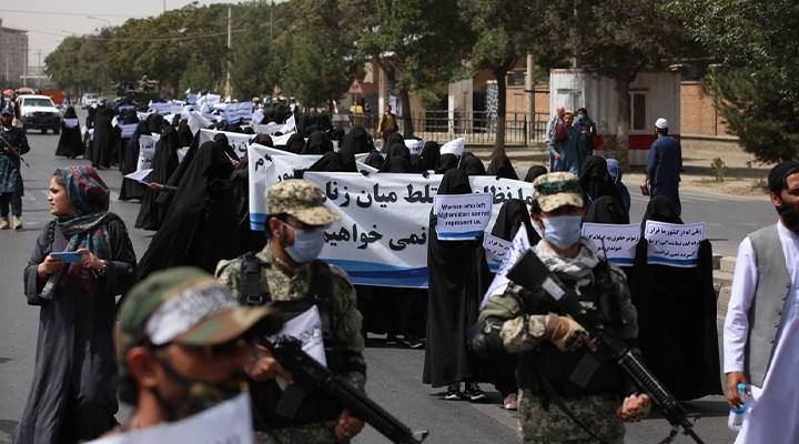 İslam Emirliği, Taliban ve cumhuriyet düşmanlığı