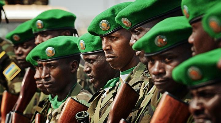 Ruanda ordusu Fransa'nın vekili