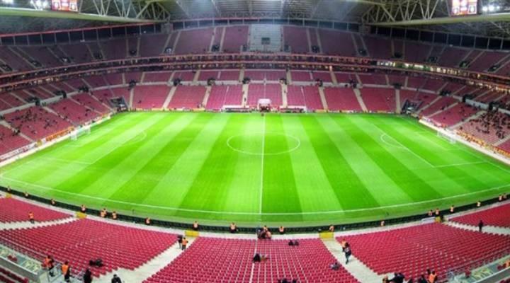 Galatasaray-Lazio maçının ilk 11'leri belli oldu
