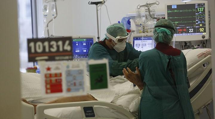 Prof. Dr. Şener'den 'Delta Plus' uyarısı: Bazen tedaviden yanıt alamıyoruz, en etkili silah aşı