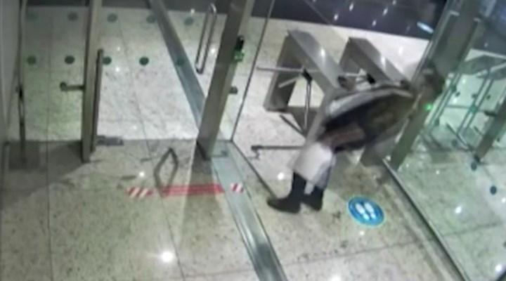 İstanbul Havalimanı'nda midesinde kokain kapsülü patlayan kurye öldü