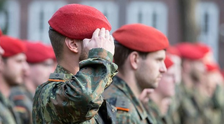 AB: Avrupa ordusu şu an için gündemde değil
