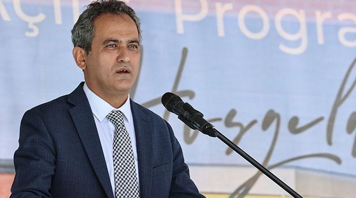 Mahmut Özer: Eğitim sisteminin yüz yüze devam etmesi milli güvenlik meselesi