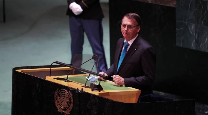 BM'ye giden aşı karşıtı Bolsonaro'nun heyetinde bir kişinin Covid-19 testi pozitif çıktı