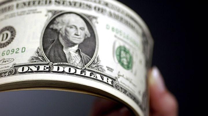 Faiz kararı öncesi dolar güne 8,67'nin üzerinde başladı
