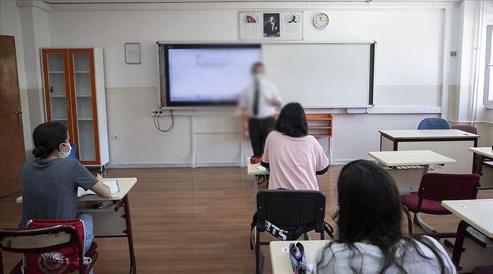 Din Kültürü öğretmeninden skandal ifadeler: Alevileri hedef aldı