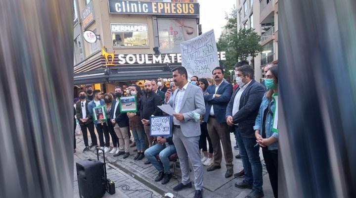 CHP Konak gençliği hükümete seslendi:Siz sınıfta, öğrenciler sokakta kaldı