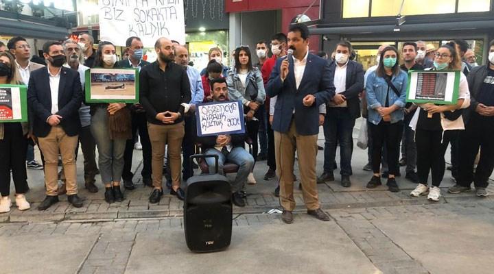 CHP Konak gençliği hükümete seslendi: Siz sınıfta, öğrenciler sokakta kaldı