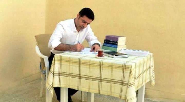 """Demirtaş'tan """"Kürt sorunu"""" açıklaması"""