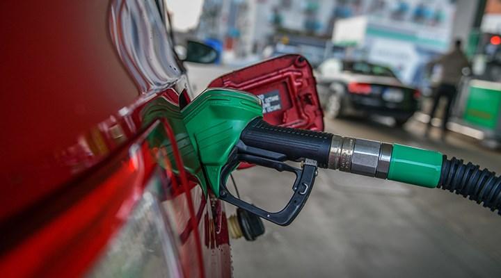 Benzin ve LPG'ye yeni zam!