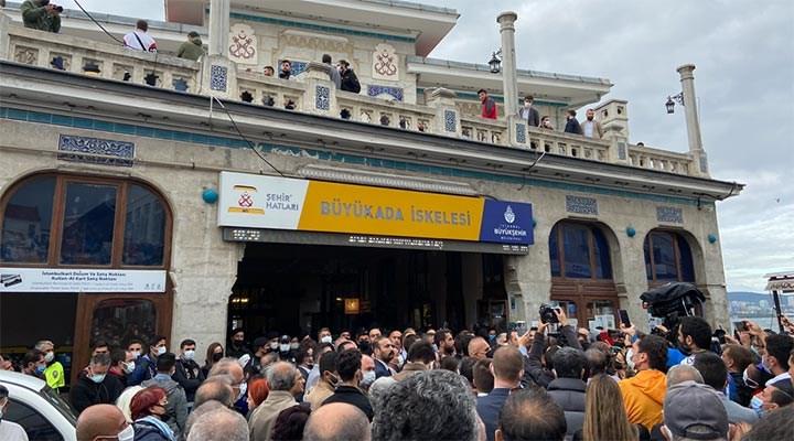 AKP'den TÜGVA'nın Büyükada İskelesi işgaline destek