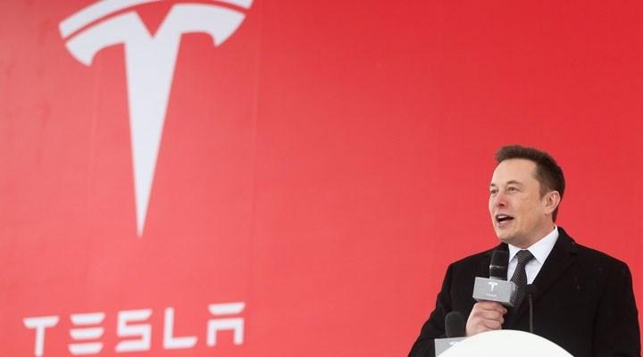 Tesla, maliyeti düşürmek için California'dan Teksas'a taşınıyor