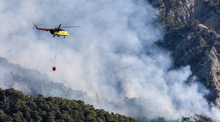 Konyaaltı'nda çıkan orman yangını Kemer'e ilerliyor