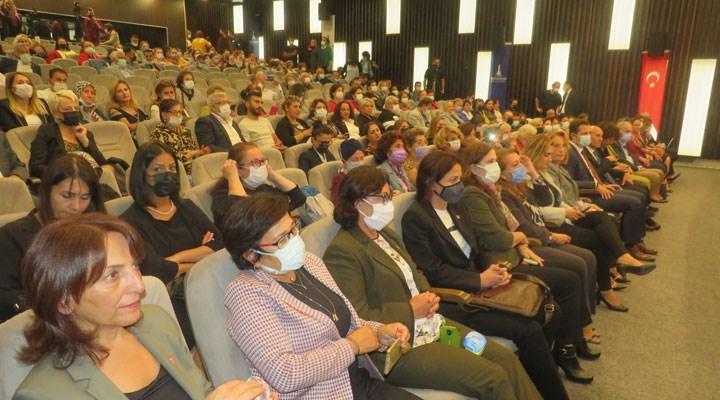 İzmir, Uluslararası Kadın Sempozyumu'na ev sahipliği yapıyor