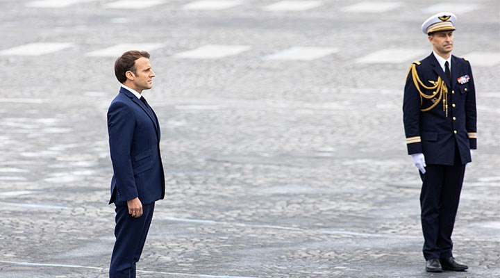 Fransa solu artık uyanmalı