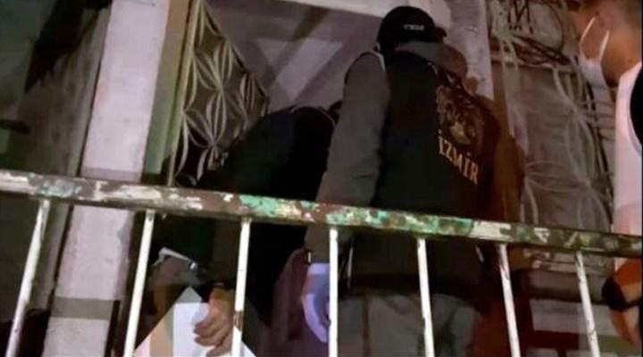 İzmir'de HDP ilçe başkanlarının da bulunduğu 17 kişi gözaltına alındı