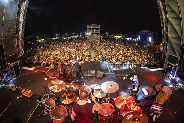 zeytinli-rock-festivali-sona-erdi-505815-1.