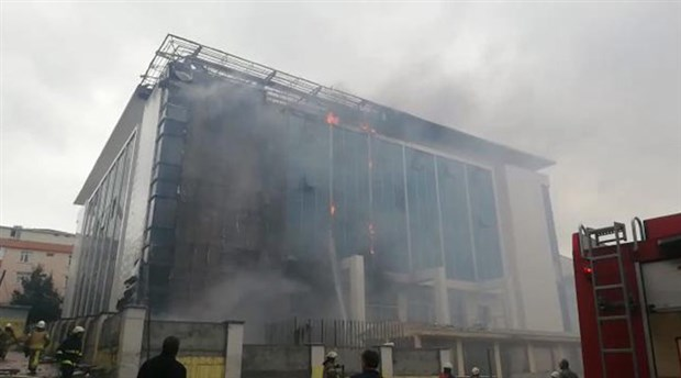 istanbul-da-huzurevinde-yangin-514911-1.