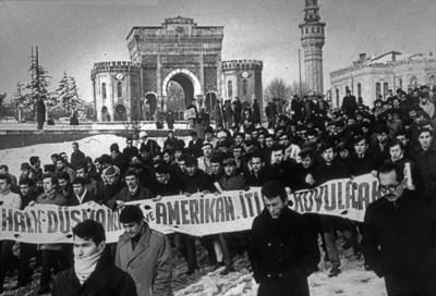 bir-antikomunistin-hatirati-soguk-savas-donemi-turkiye-muesses-nizami-nin-rontgeni-515294-1.