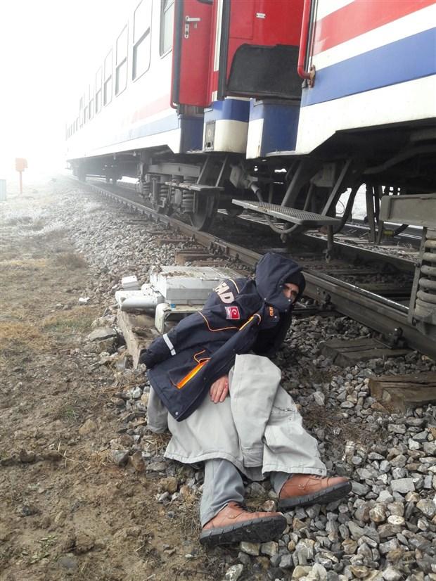 sivas-ta-tren-kazasi-534905-1.