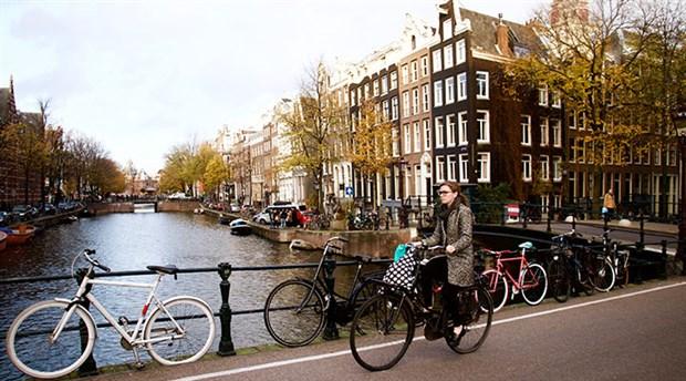 hollanda-da-yilda-yaklasik-15-milyar-kilometre-yol-katediliyor-535766-1.