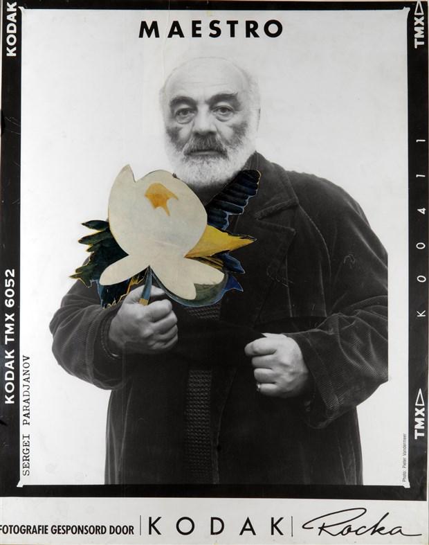 unlu-yonetmen-ve-sanatci-sergey-parajanov-un-turkiye-deki-ilk-sergisi-pera-muzesi-nde-541600-1.