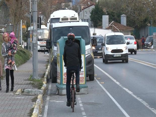 istanbul-da-bisiklet-yollari-isgal-altinda-543389-1.