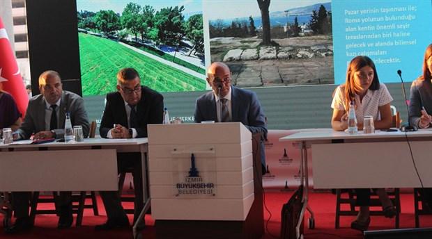izmir-buyuksehir-belediyesi-meclis-toplantisi-tarihi-agora-da-gerceklesti-613403-1.