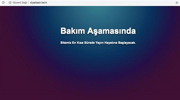 kayyum-darbesi-yapilan-belediyelerin-siteleri-erisime-kapatildi-twitter-dan-erdogan-in-fotografi-paylasildi-614035-1.