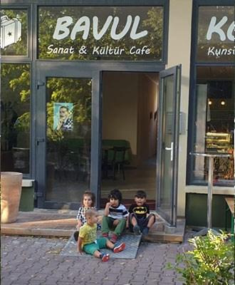 bavul-kunst-und-kultur-cafe-aciliyor-617934-1.