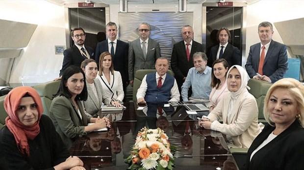 erdogan-in-mor-kravati-650240-1.