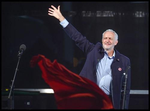 corbyn-in-parasiz-internet-vaadi-cilginca-mi-651012-1.