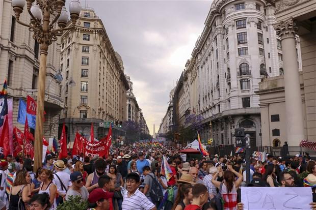 morales-bolivya-halkini-sokak-catismalarina-son-vermeye-cagirdi-651205-1.