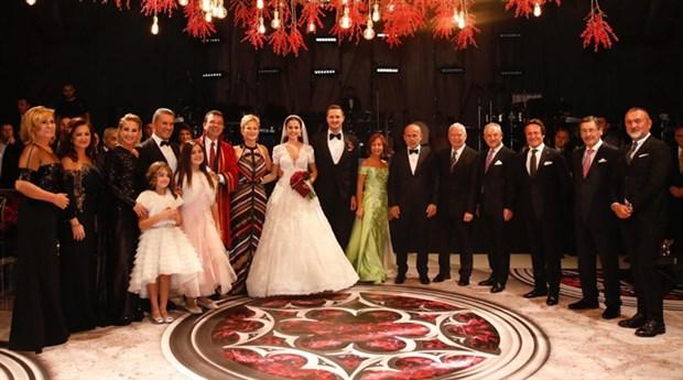 sarigul-un-oglu-evlendi-gokcek-sahit-oldu-659258-1.