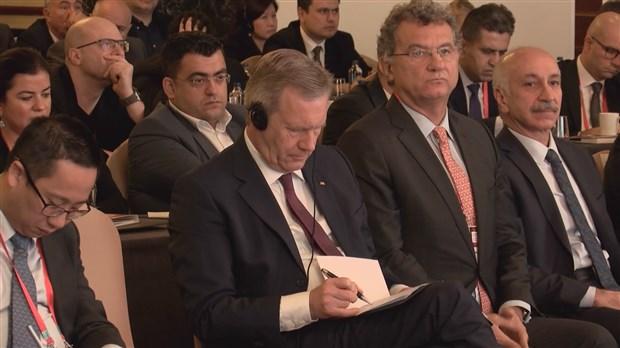 tusiad-konferansinda-ceviri-krizi-659662-1.