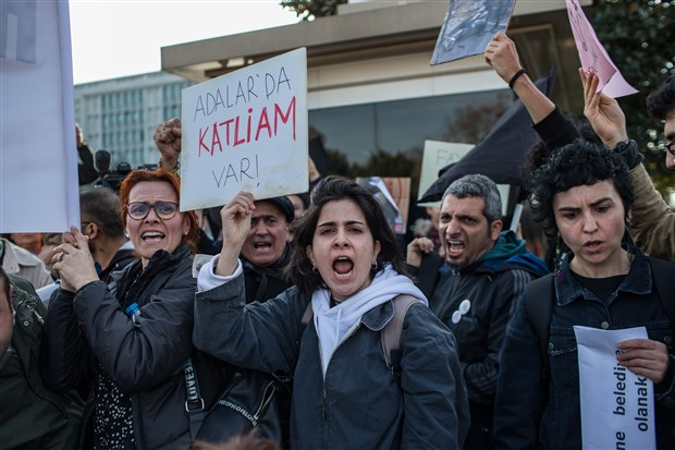 ibb-onunde-fayton-protestosu-hayvanseverler-cadir-kurdu-664142-1.