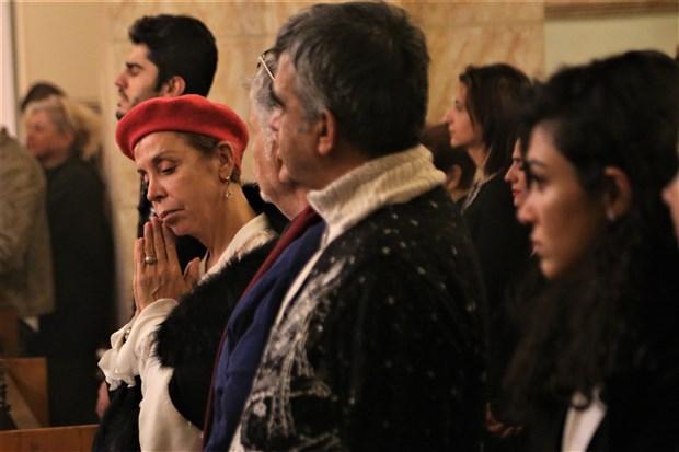 hristiyan-yurttaslar-noel-bayrami-ni-kutladi-666784-1.