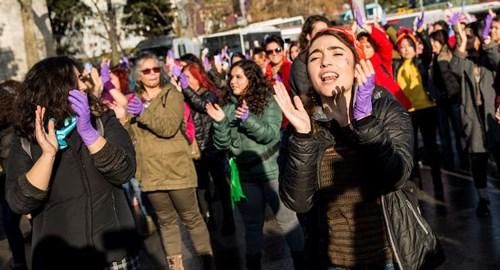 feminist-manifesto-nun-merceginden-bir-donemin-sonu-668078-1.
