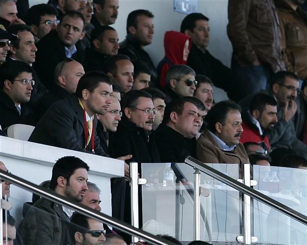 osmanli-stadi-da-belediyeye-teslim-edilmedi-gokcek-2017-yilinda-stad-icin-370-bin-tl-harcadi-676749-1.