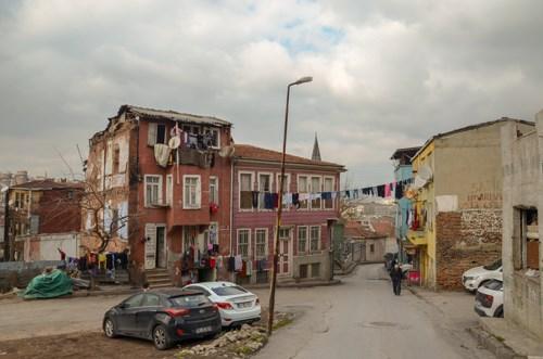 tarihi-evler-yakiliyor-suc-artiyor-yetkililer-sessiz-mega-kentin-kalbi-icler-acisi-halde-676979-1.