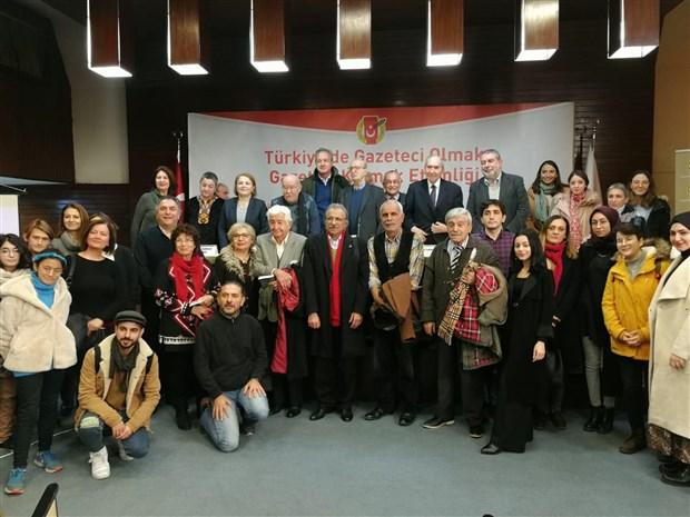 6-turkiye-de-gazeteci-olmak-gazeteci-kalmak-toplantisi-yapildi-679378-1.