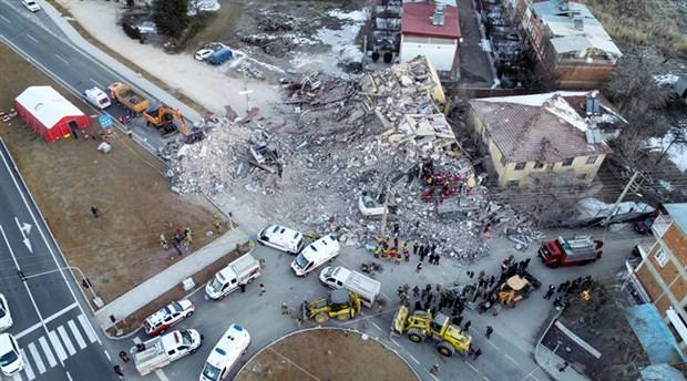 afad-elazig-depreminde-olu-sayisi-20-ye-yukseldi-679514-1.